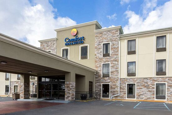 Supreme Inn & Suites