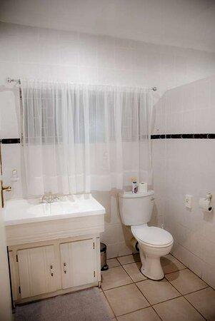 Luxury Double Room Bath