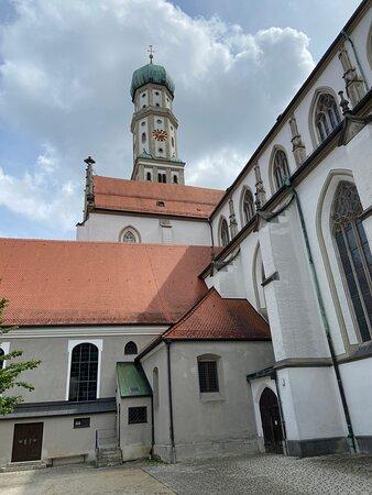 Turm der kath. St. Ulrich und Afra