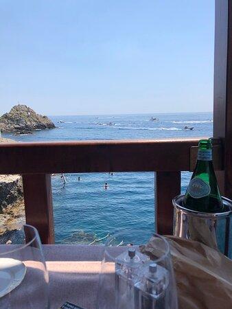 vista dal tavolo ristorante Le Grand Bleu
