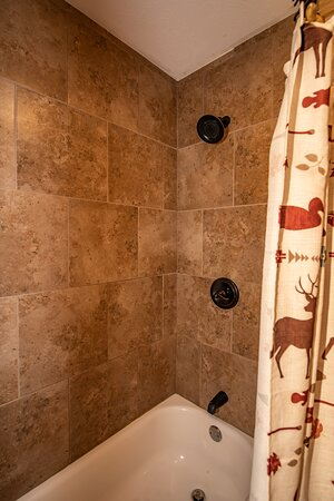 Tub/Shower Combo in rooms 3,7,8