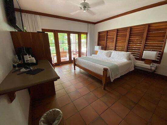 Oceanview Verendah Suite