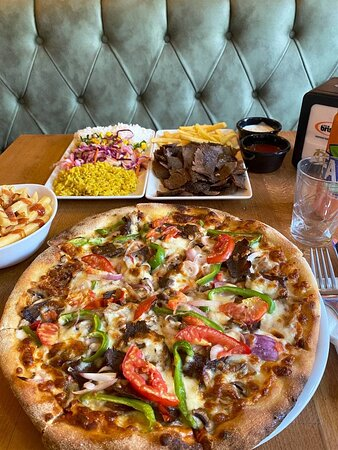 Kebab Factory Special <3 Why pick between a pizza and a plate of doner when you can have both?