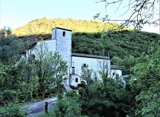 Scheggia, Italy: Esterno dell'Abbazia