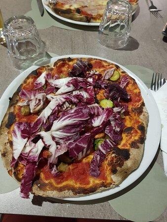 Pizza vegan et pizza romanata