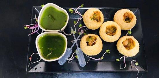 Pani Puri (Indian street food)