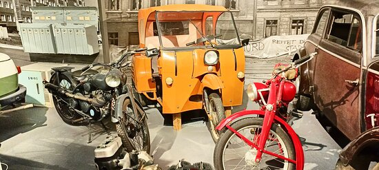 Exhibits from everyday life in former East Germany.