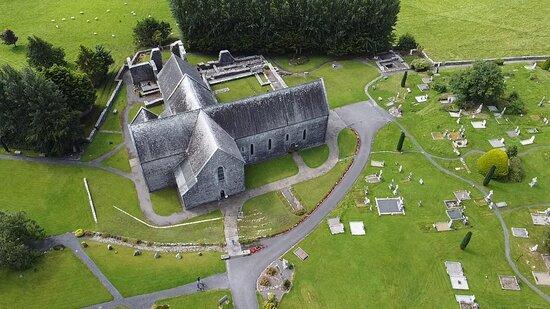 מחוז מאיו, אירלנד: Aerial view of Abbey - pick up one of our maps to follow the pathways The Rosary Way and The Stations of the Cross