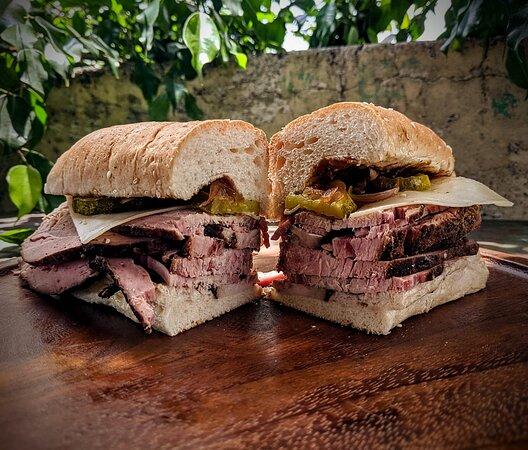 Pan Cabrón 1 libra de carne