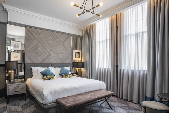 The Orwell Suite - Bedroom