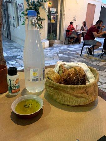 Pão com azeite