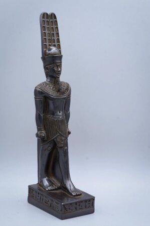 statue of Egyptian art Amun Ra black statue Black / gold leaf Made in Egypt