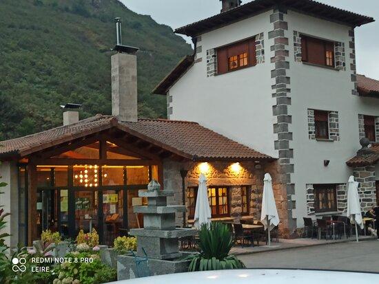 Exterior del hotel restaurante