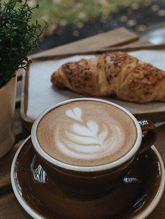 Наш кофе и миндальный круассан покорил уже много сердец !