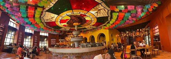 Pila en el Mercado San Juan, donde realizan las tortillas a mano