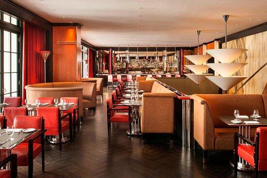 Hotel's Mezzanine Bar