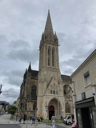 Saint Pierre, Caen