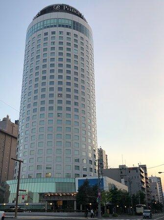 円柱形のタワー