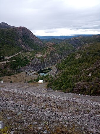 Esquel, Argentina: Represa fulaleufu