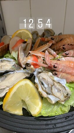 Nonna Lina propone crudo di mare primi a base di pesce e portate di carne