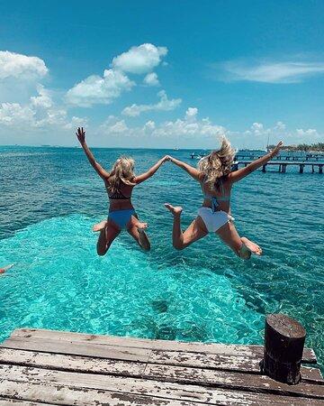 Cancun, Mexico: En el caribe siempre tenemos la mejor diversión, ven y diviértete con tu familia, pareja o amigos, siempre hay un espacio para cada visitante. Nosotros nos encargamos de ti y de que la pases genial.