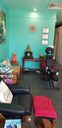 They have the best gear for performing all types of massage therapy