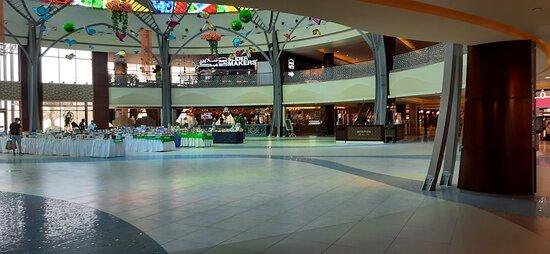 Ras Al Khaimah, De Forenede Arabiske Emirater: Main Events Hall, Book Sales