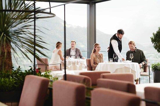 Abendessen mit Aussicht im Restaurant ÀlaCarte (im Rahmen der Halbpension)