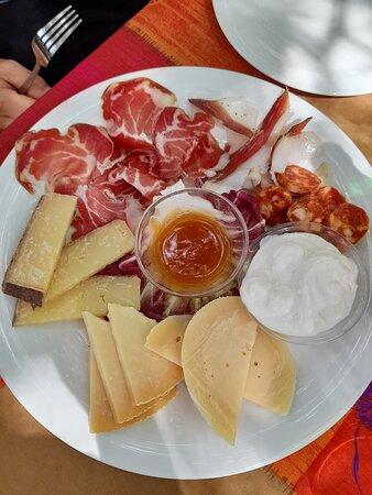 Pranzo dopo la visita a Castel del Monte