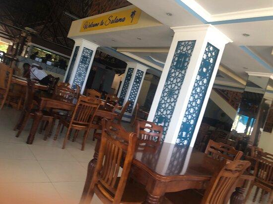 Mtwapa, Kenya: The current design of the restaurant.