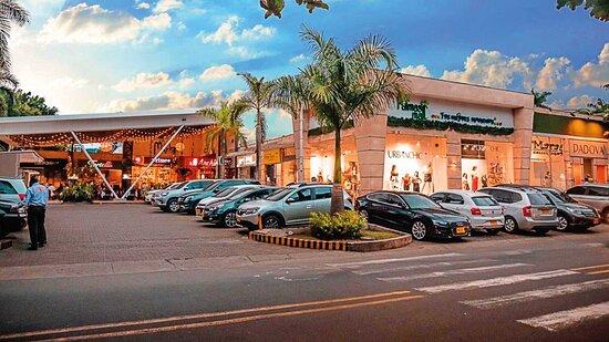 Centro Comercial Palmas Mall