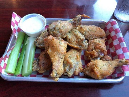 Prosperity, ساوث كارولينا: Chicken Wings with Lemon Pepper dry rub