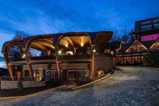 Hostellerie La Cheneaudiere & Spa - Relais & Chateaux