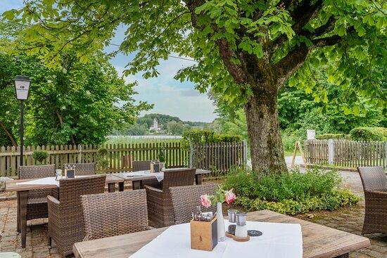 Wessling, Germany: Terrasse und Biergarten