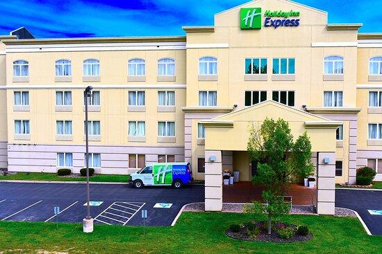 Holiday Inn Express Syracuse-Fairgrounds, an IHG hotel