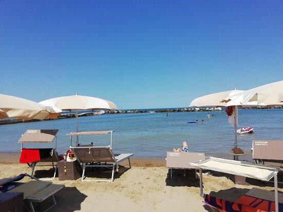 L'ultima Spiaggia Cattolica - Lido 117 -