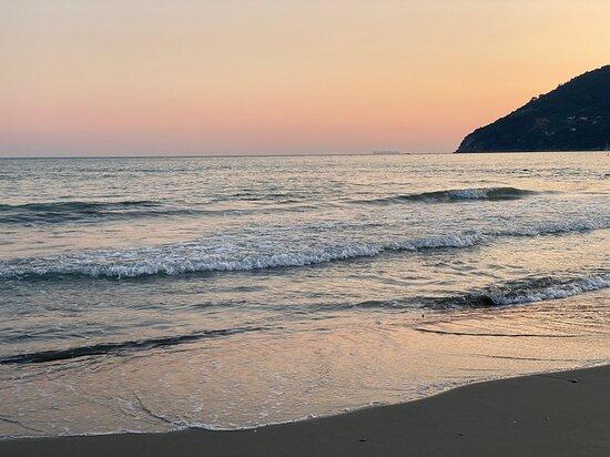 Marinella di Sarzana, Italy: Mare 🌊  senza di te non so stare … ☺️