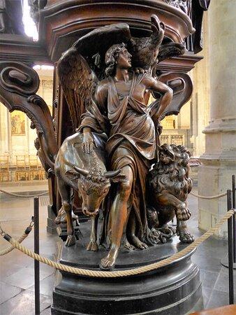 Brussels, Eglise Notre Dame du Sablon - Pulpit by sculptor Marc De Vos