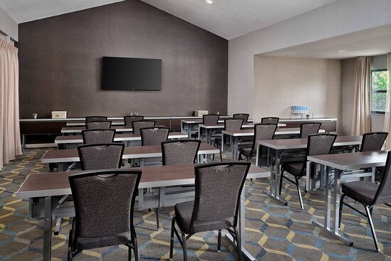 Balboa Room Meeting Room - Classroom Setup
