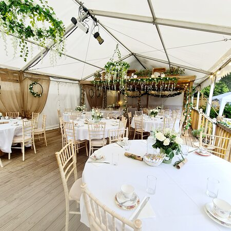 A beautiful layout ready for guests to arrive