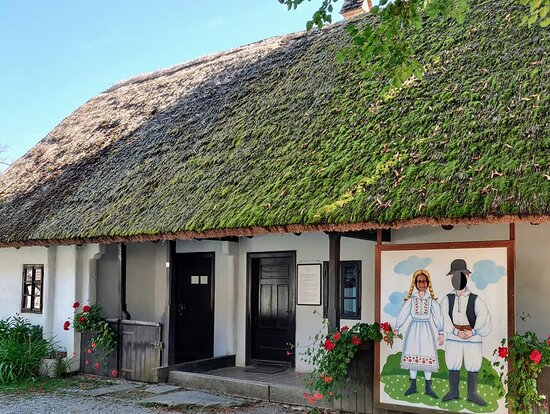 Kumrovec, Croatia: Hemp house with loom.