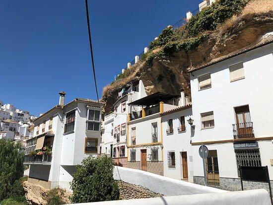 Calle Cuevas De La Sombra
