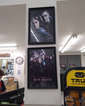 can't escape Twilight in Forks