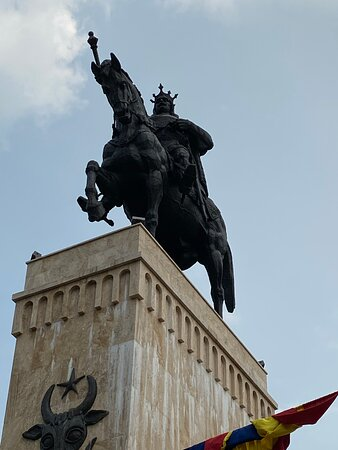 From below - the Statue of the Great King.