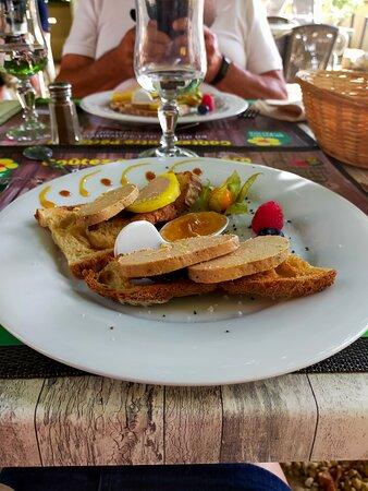 Sainte Mondane, France: Foie gras entier