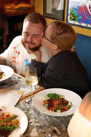 Вечер в Matisse — это всегда вкусно и с любовью. А ещё это много положительных эмоций, которые мы c вами подарим друг-другу и оставим на память до следующей нашей встречи.