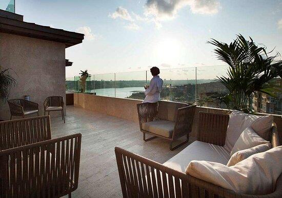 Golden Horn Terrace Suite