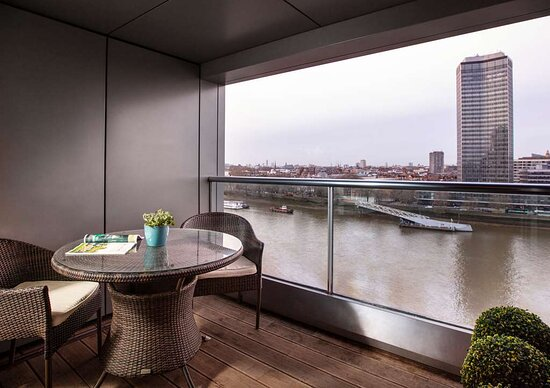 One Bedroom Suite River View, Balcony and Kitchenette
