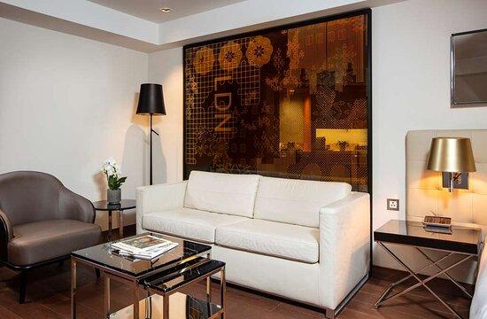 Studio Room with Kitchenette lounge