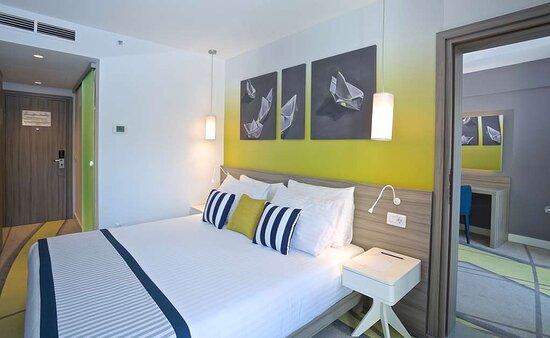One Bedroom Suite-Balcony